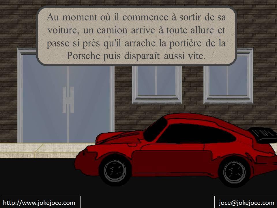 Au moment où il commence à sortir de sa voiture, un camion arrive à toute allure et passe si près qu'il arrache la portière de la Porsche puis dispara