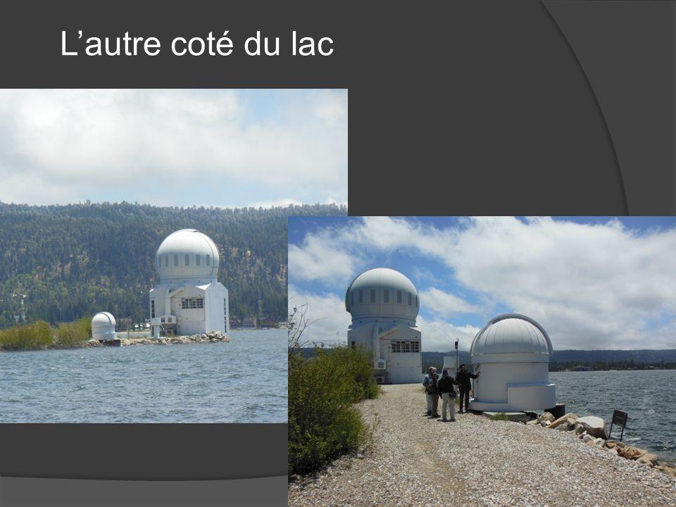 - Coupole AshDome - Monture Astro-Physics - Disque solaire H-Alpha : lunette 10cm - Lumière cendrée : 2 ème petit télescope
