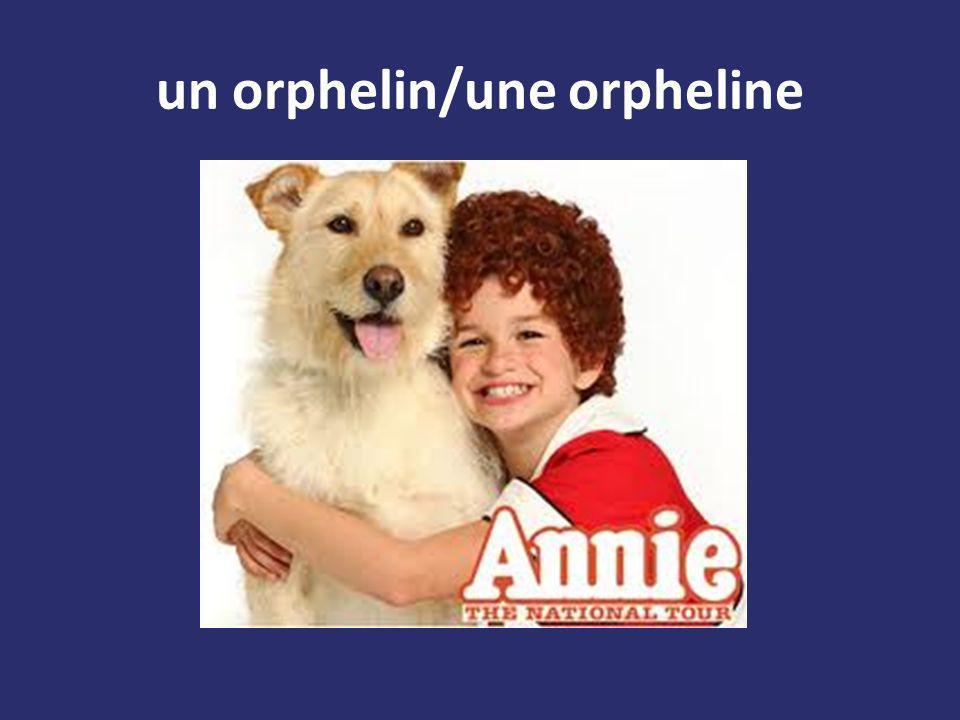 un orphelin/une orpheline