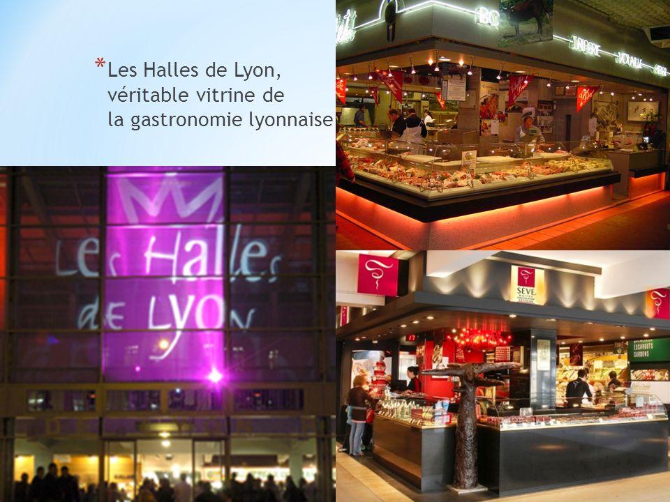 * Les 5000 espèces de poissons et de requins dans laquarium de Lyon.