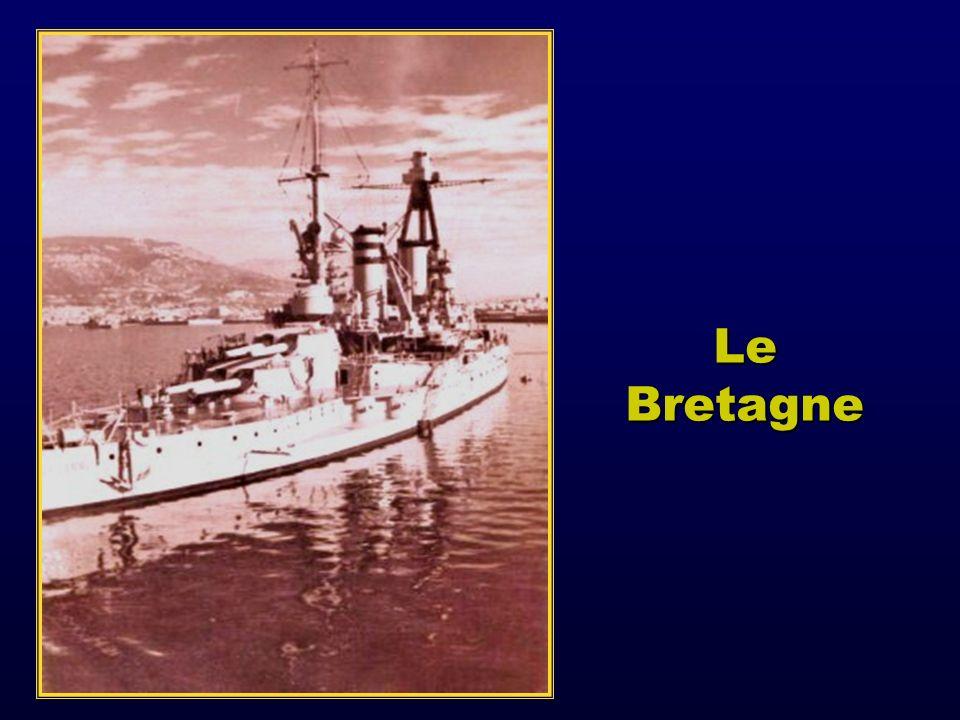 Ce 3 juillet mouillent dans la rade: 2 cuirassés (Bretagne et Provence), 2 croiseurs (Dunkerque et Strasbourg), 6 destroyers, 1 porte hydravions, 10 contre torpilleurs 4 sous marins de nombreux escorteurs et navires auxiliaires.
