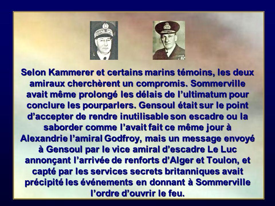 A 10 heures au matin du 3 juillet une vedette du navire amiral Hood accoste la coupée du Dunkerque et remet à lamiral Gensoul un ultimatum.