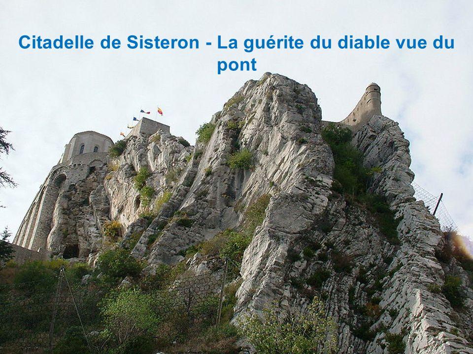 Citadelle de Sisteron - Vue de l'ouest