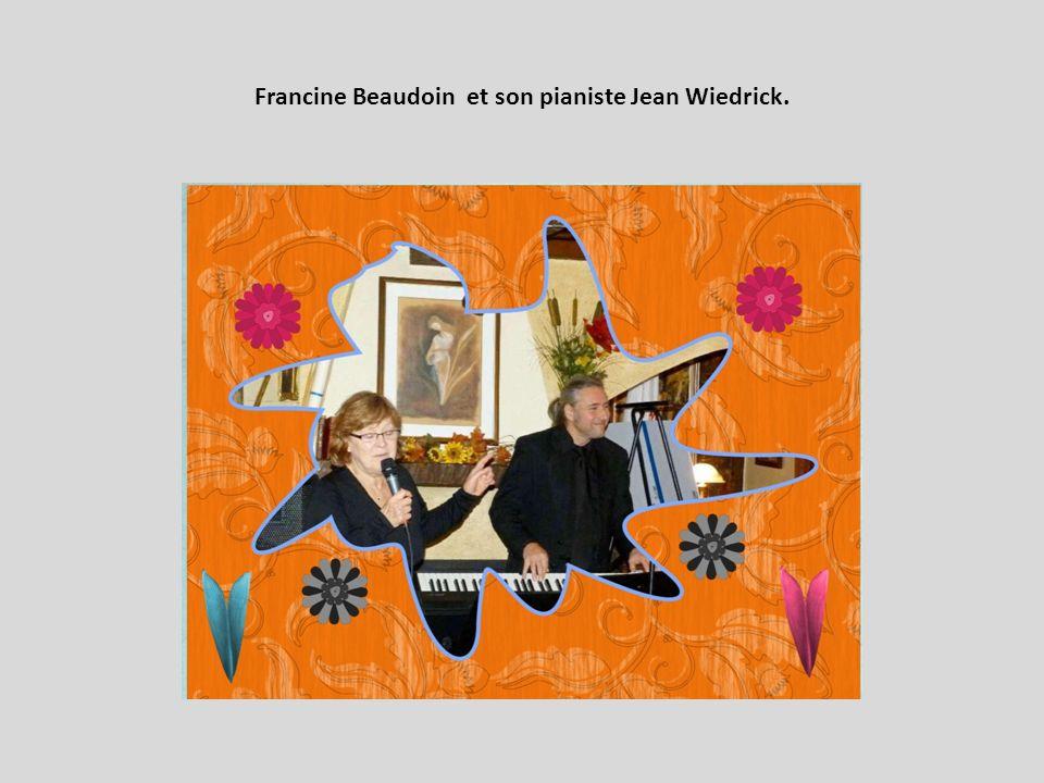 Francine Beaudoin et son pianiste Jean Wiedrick.