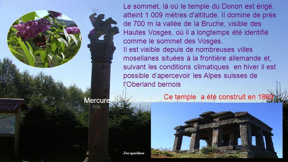 Une épithète de divinité Vosegus apparaît au Donon dans le titre Merc[urio] vosego. Qui serait un génie des forêts obscures. Une vue sur la plaine dep
