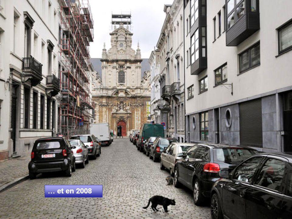 Eglise Saint-Jean-Baptiste- au-Béguinage depuis la rue du Peuplier (1890) Construite en 1676 et attribuée à l'architecte Fayd'herbe. Sa base est gothi