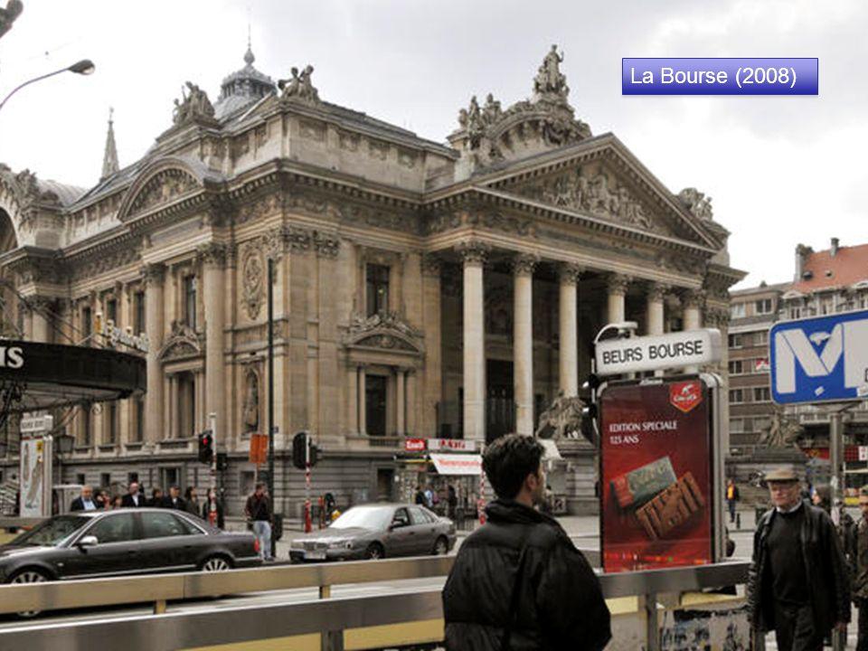 La Bourse (Décembre 1873) La Bourse un peu après son inauguration le 27/12/1873. Érigée à Bruxelles sur le boulevard Anspach entre 1868 et 1873 cet éd
