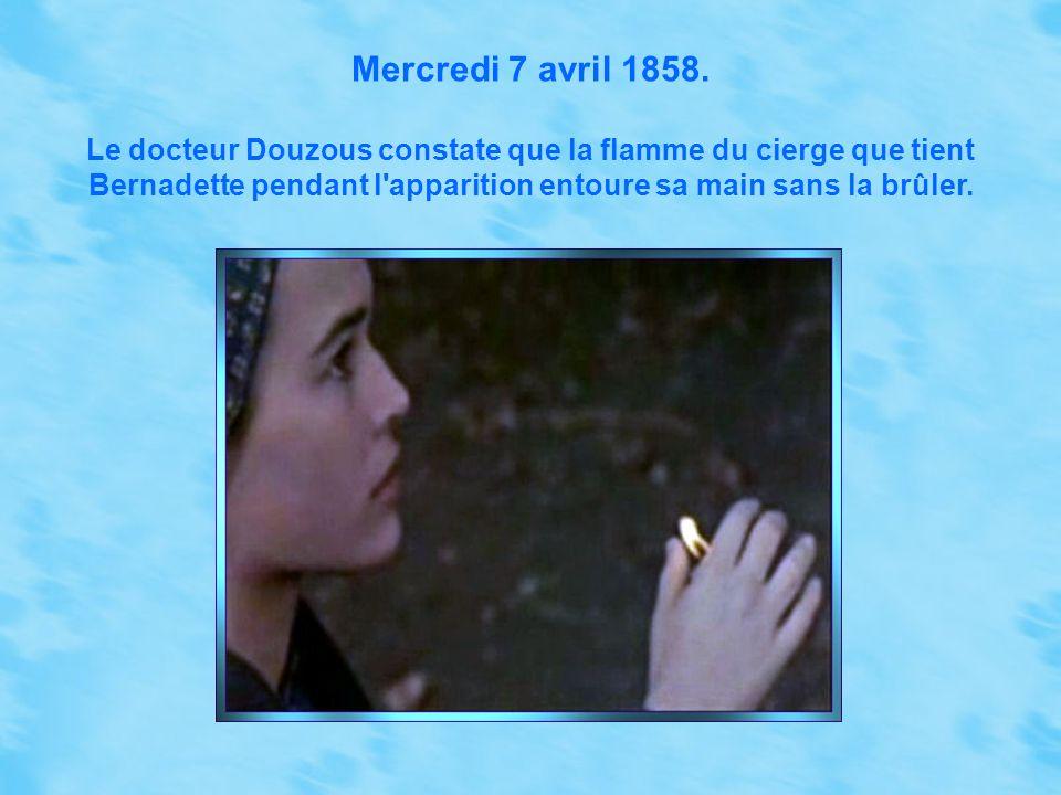 Jeudi 25 mars 1858. L'apparition se montre à Bernadette et dit en Gascon bigourdan (la langue que parlait Bernadette), levant les yeux au ciel et joig