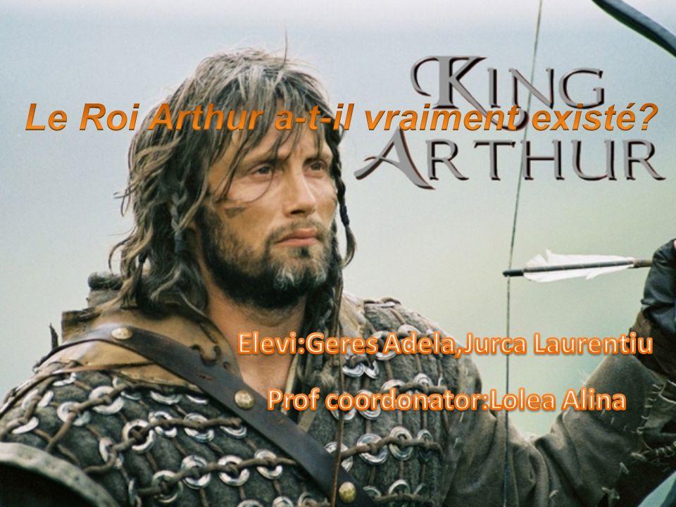 Le Roi Arthur est une légende qui met en lumière le chevalier idéal, aussi bien en guerre quen paix.