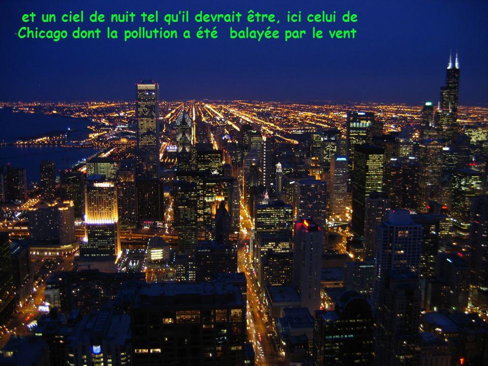 et un ciel de nuit tel quil devrait être, ici celui de Chicago dont la pollution a été balayée par le vent