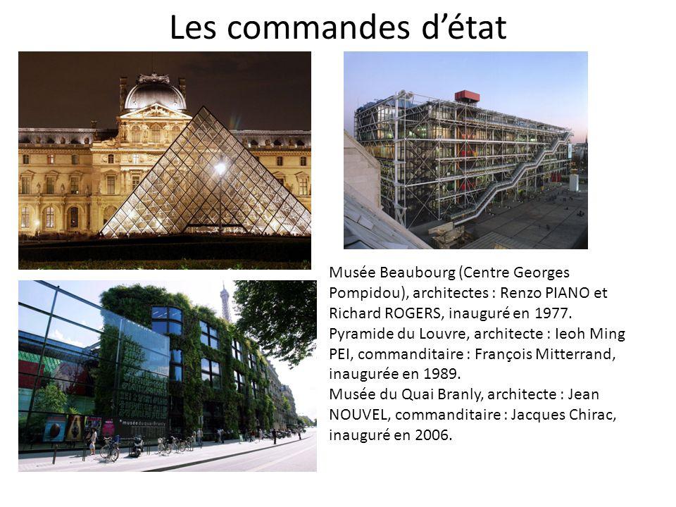 Les commandes détat Musée Beaubourg (Centre Georges Pompidou), architectes : Renzo PIANO et Richard ROGERS, inauguré en 1977.
