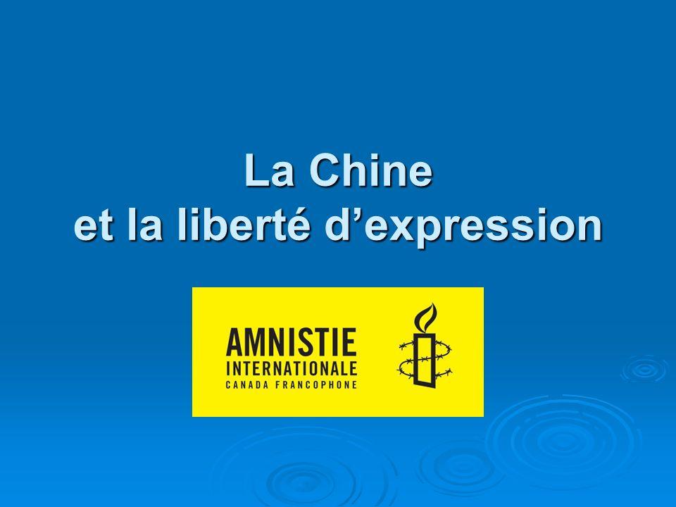 Liu Xiaobo et Liu Xia Éminent intellectuel chinois Éminent intellectuel chinois Militant pacifiste pour la démocratie Militant pacifiste pour la démocratie Prix Nobel de la paix en 2010 Prix Nobel de la paix en 2010 Condamné à 11 ans de prison en 2009 Condamné à 11 ans de prison en 2009 Actuellement en prison Actuellement en prison Sa femme Liu Xia en résidence surveillée, dans le plus grand isolement Sa femme Liu Xia en résidence surveillée, dans le plus grand isolement