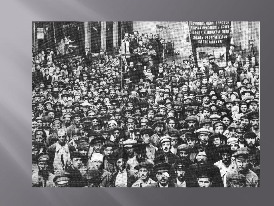 En octobre de la même année, les Bolcheviks, sous la conduite de Lénine, prennent le pouvoir lors dun coup dEtat.