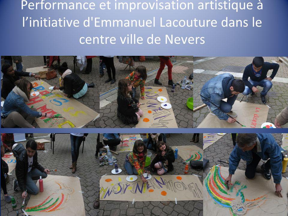 Performance et improvisation artistique à linitiative d Emmanuel Lacouture dans le centre ville de Nevers