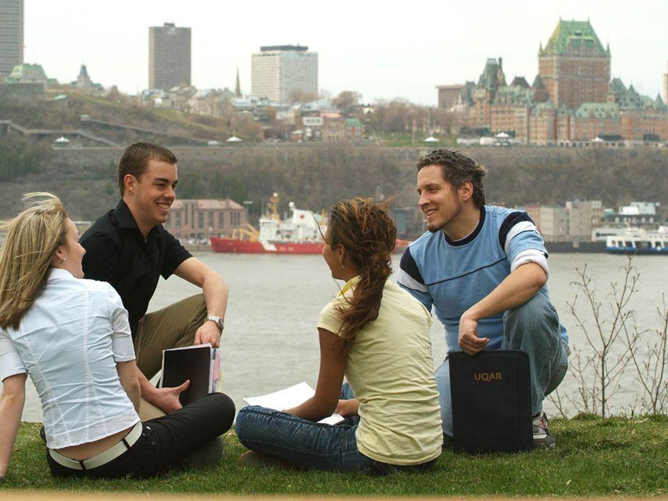 Une autre façon de grandir Lévis, ville éducative Face à la ville de Québec, Lévis offre à la fois la proximité du fleuve et des panoramas exceptionnels Population de plus de 125 000 personnes Reconnue pour son dynamisme sur les plans économique et social.