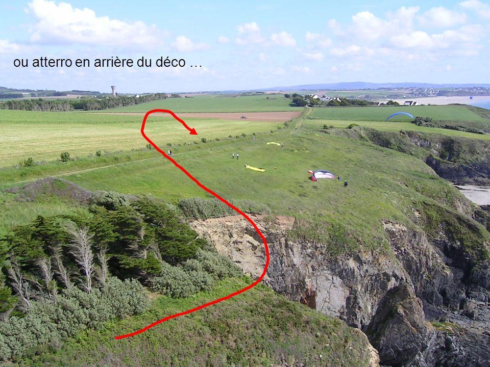 19 2006 www.vol-libre-menez-hom.com ou atterro en arrière du déco …