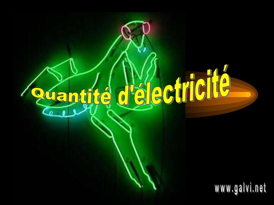 Applications Quelle est la quantité d électricité fournie par une batterie d accumulateurs qui fonctionne pendant 7 jours au régime de 0,5 A à raison de 8 h par jour?