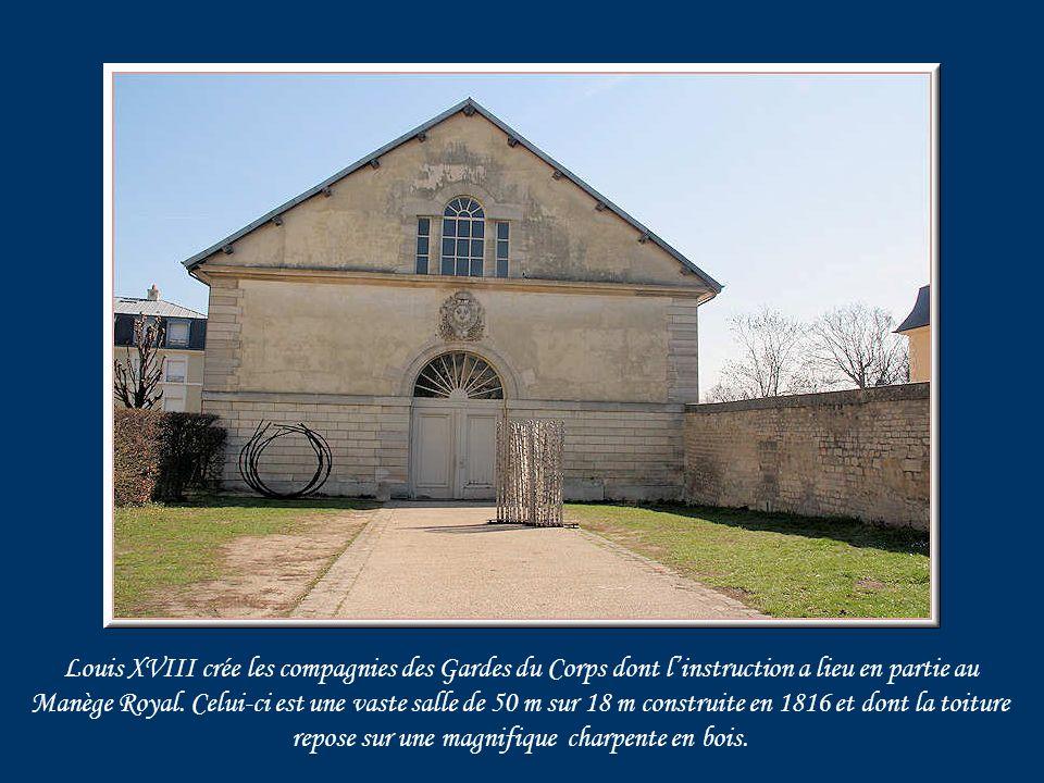 En1887, le capitaine Hubert Lyautey, futur Maréchal de France, commanda dans ce quartier de Gramont le 1 er escadron du 4 ème chasseur où il mit en pratique sa conception du Rôle social de lOfficier qui demeure celle dun précurseur.