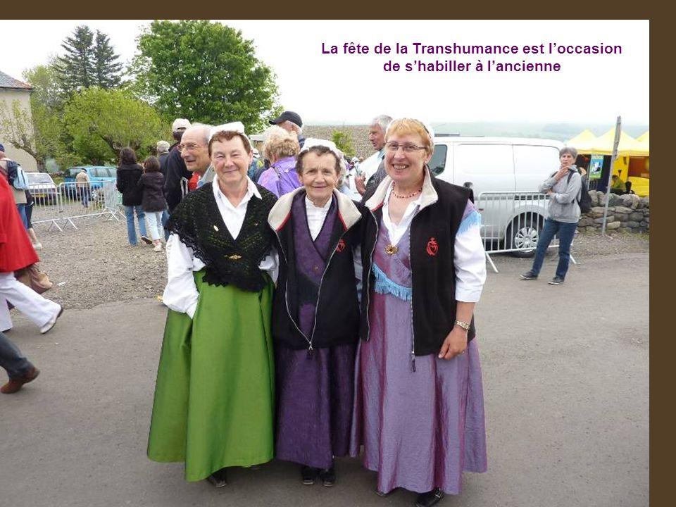 La fête de la Transhumance est loccasion de shabiller à lancienne