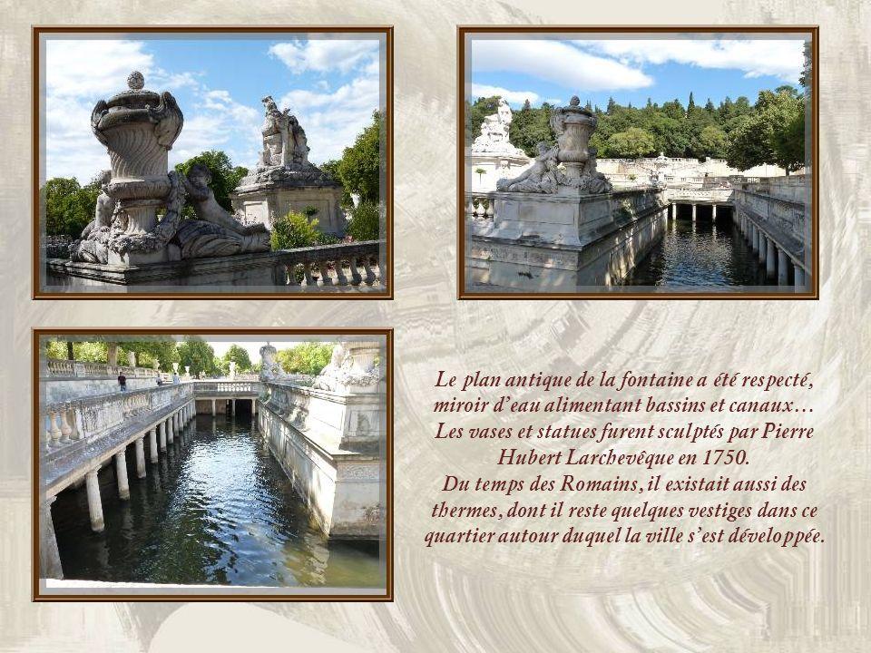Nous découvrons ensuite le somptueux Jardin de la Fontaine créé au XVIIIe siècle par un ingénieur militaire, J.P. Mareschal. Il existait déjà une font