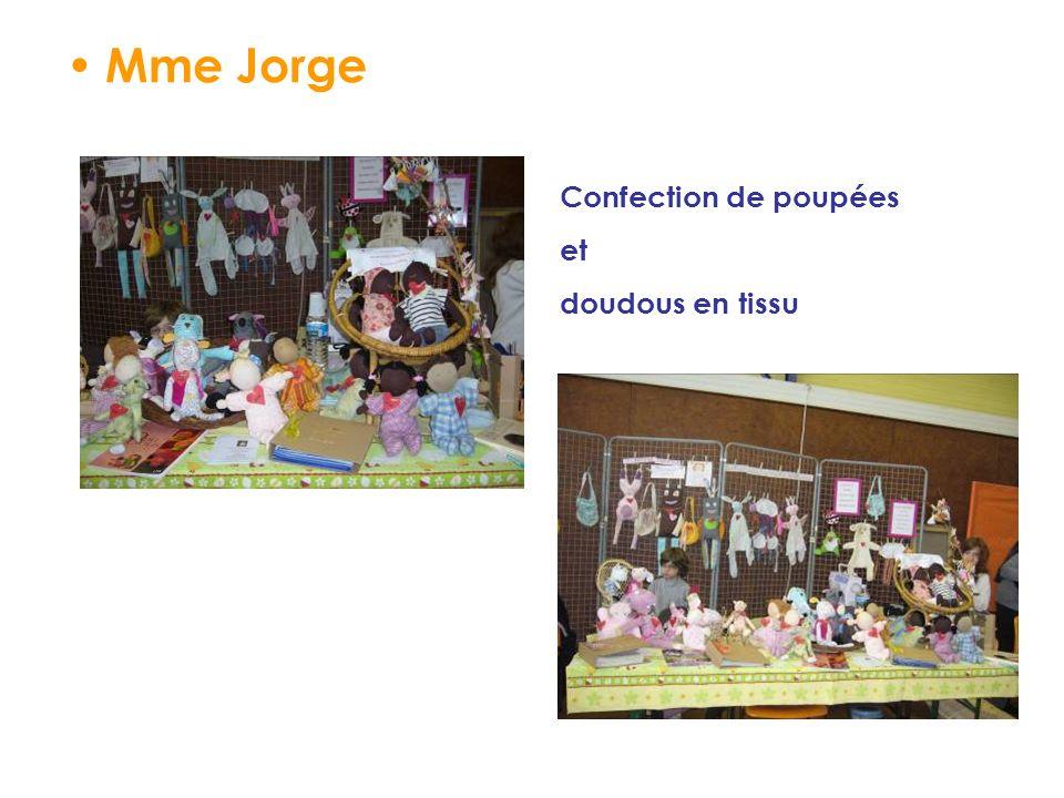 Mme Jorge Confection de poupées et doudous en tissu