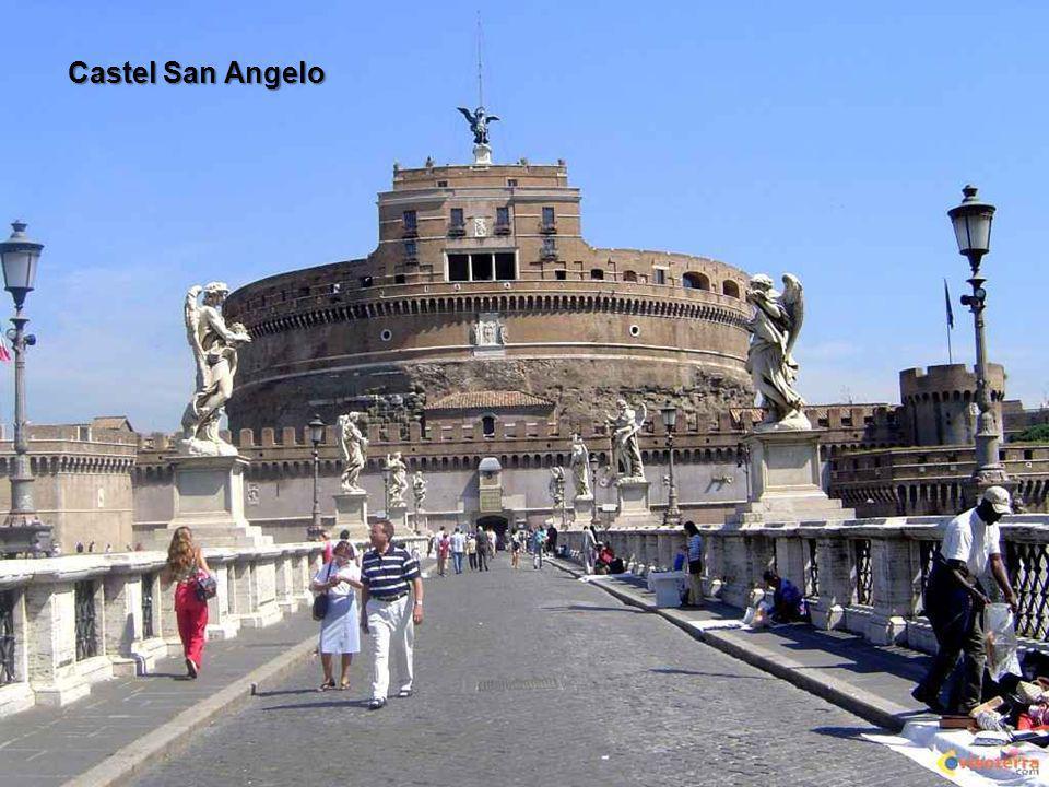 Rome est située dans la région du Latium, au centre de l Italie, à la confluence de l Aniene et du Tibre.