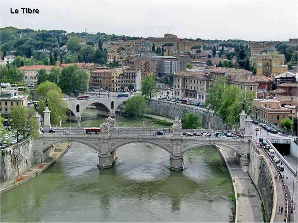 Rome (en italien Roma), est la capitale de l Italie.
