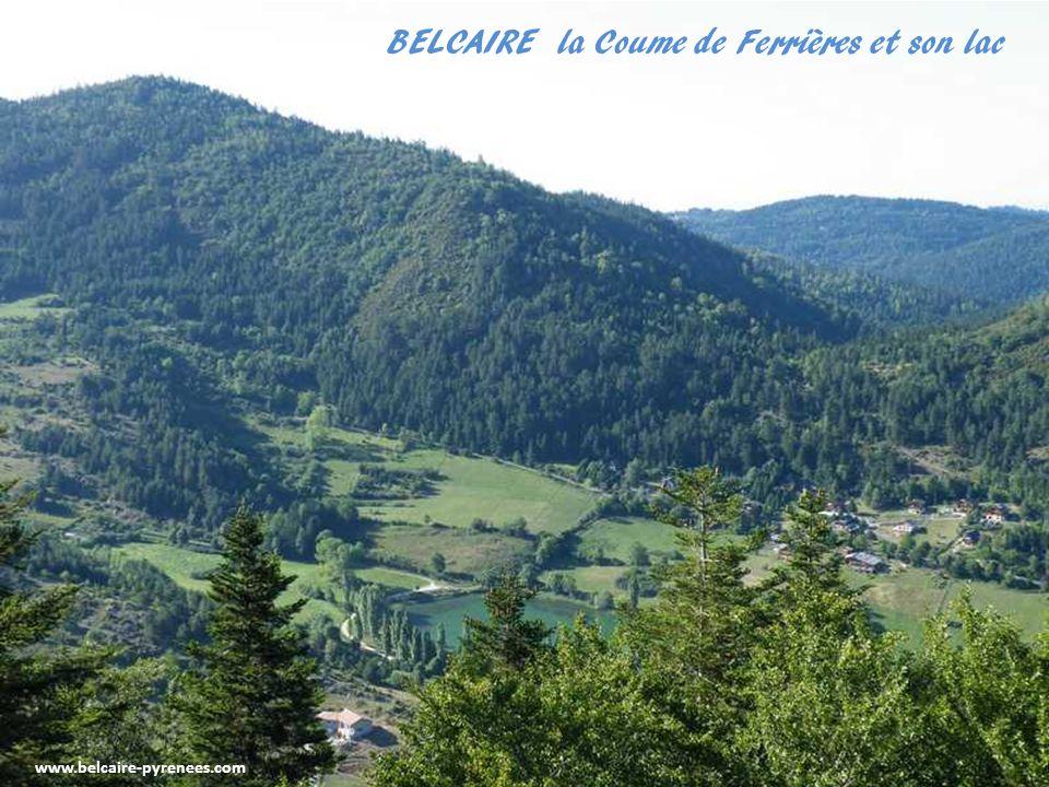 BELCAIRE vu du Pech, en face le mont Bouychet 1282 m et Montsugra 1337 m