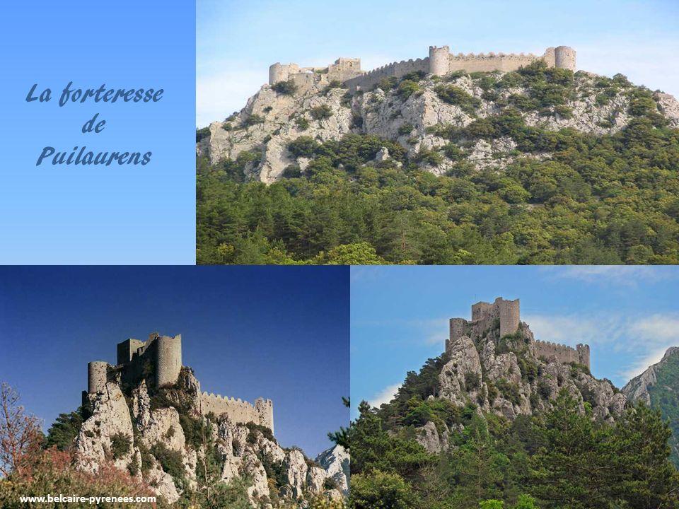 www.belcaire-pyrenees.com Une autre citadelle du vertige Quéribus