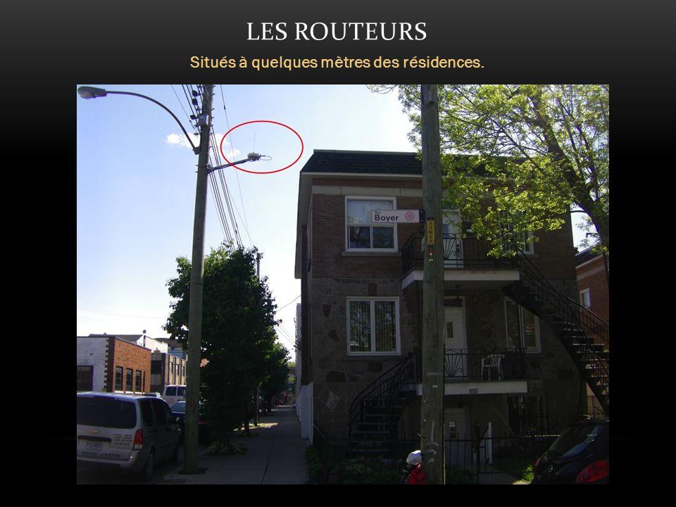LES ROUTEURS Situés à quelques mètres des résidences.