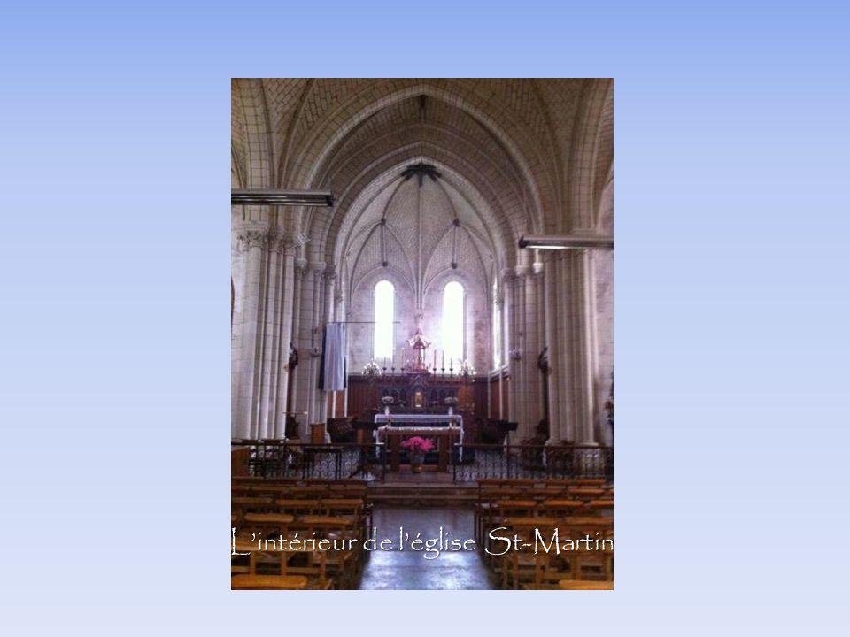 Lintérieur de léglise St-Martin