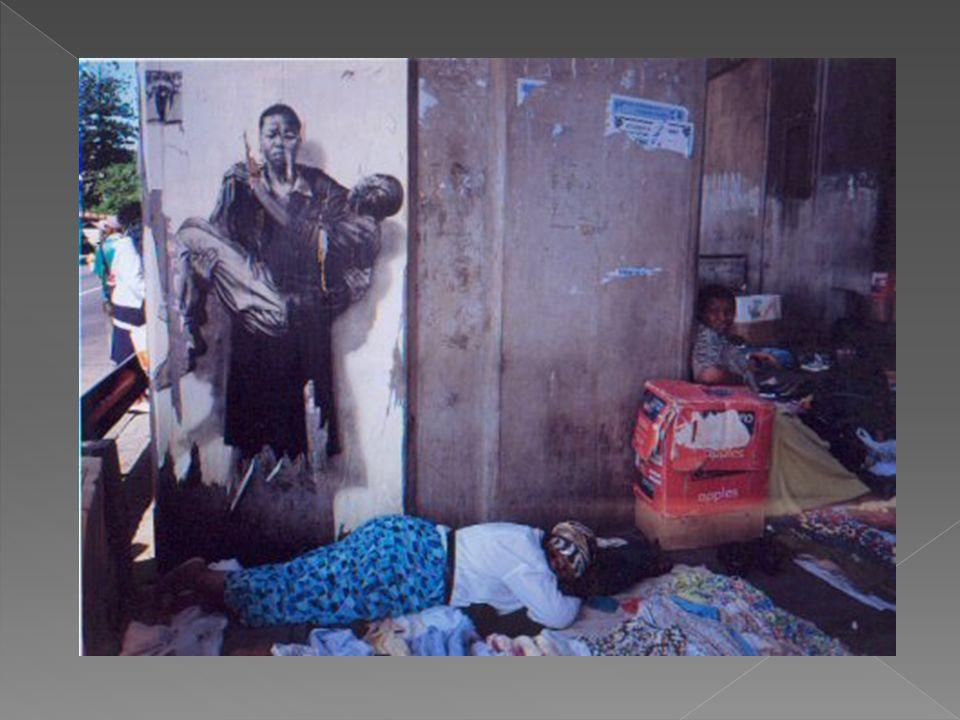 Ernest Pignon-Ernest extirpe les images de la révolte de Soweto le 16 juin 1976 - une manifestation d écoliers et de lycéens noirs réprimée dans le sang par la police de l apartheid.