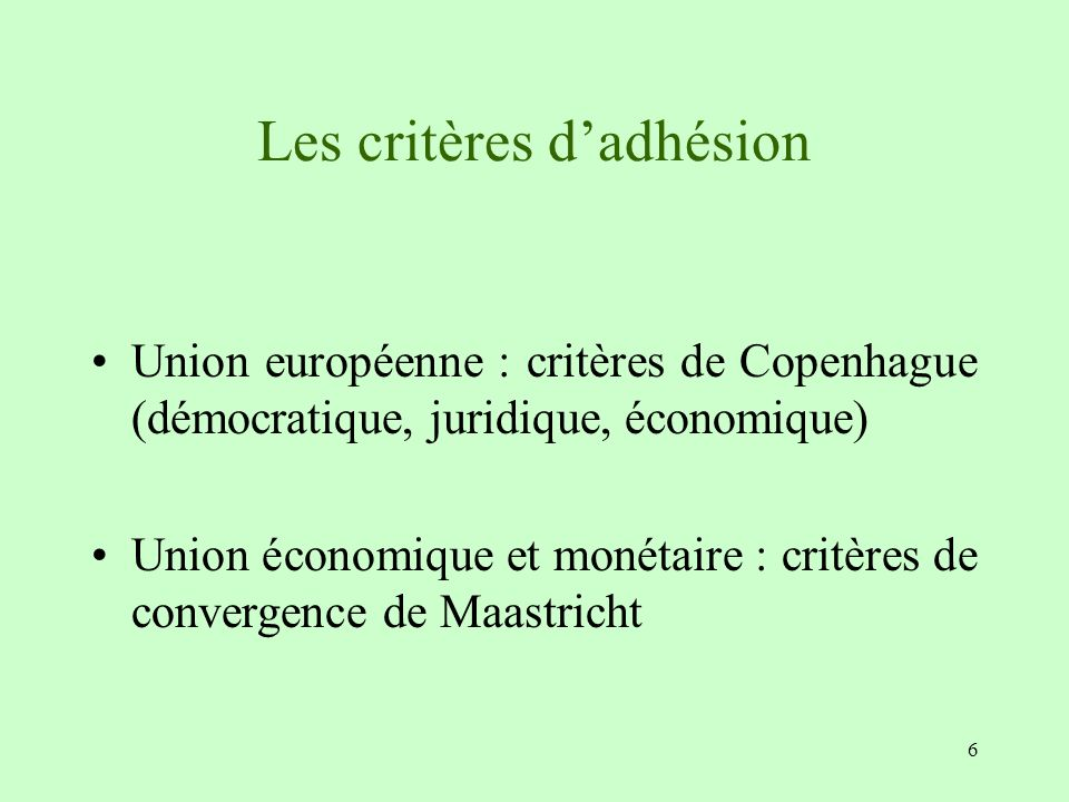 Des marges de manœuvre restreintes pour gérer les asymétries EU countries, once they become members of the EMU, have no longer the room for maneuver (managing the exchange rate) to absorb an inflation differential (= competition gap) They have no longer the room for maneuver (managing the national prime rate) to absorb an asymmetric shock or a growth gap