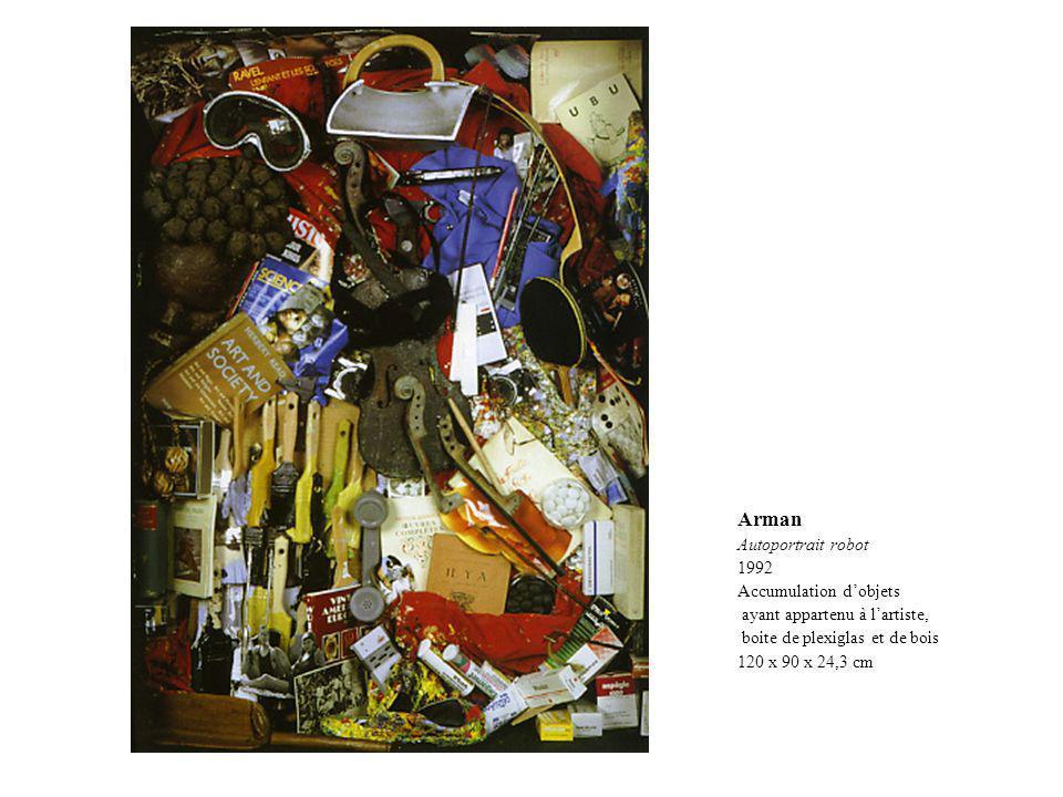 Arman Autoportrait robot 1992 Accumulation dobjets ayant appartenu à lartiste, boite de plexiglas et de bois 120 x 90 x 24,3 cm