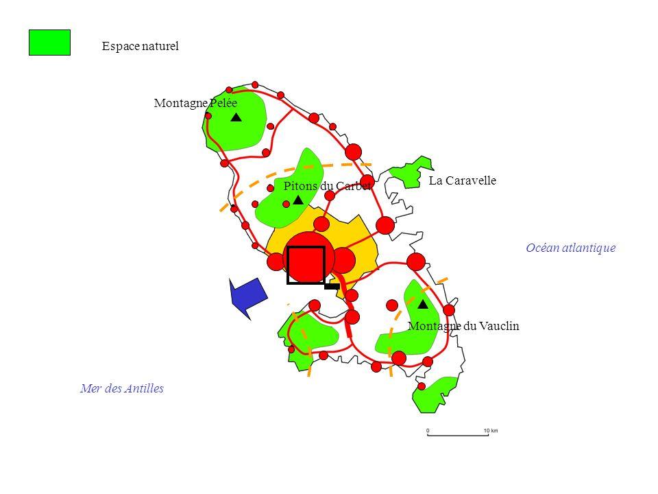 Montagne Pelée Pitons du Carbet La Caravelle Montagne du Vauclin Océan atlantique Mer des Antilles Espace naturel