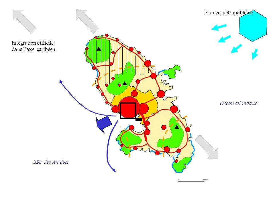 Océan atlantique Mer des Antilles Intégration difficile dans laxe caribéen France métropolitaine