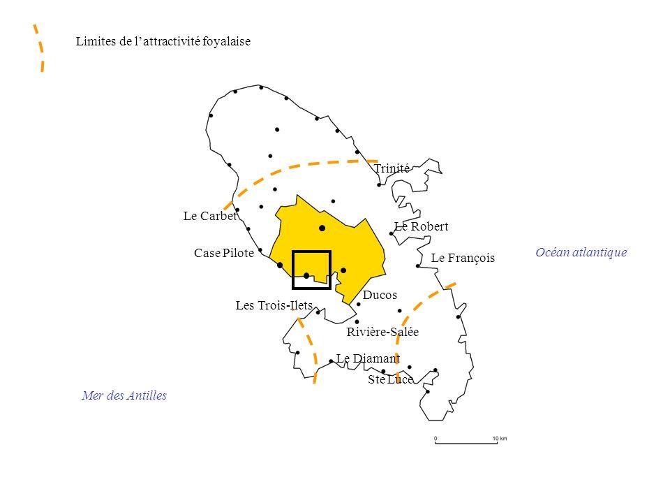 France métropolitaine Océan atlantique Mer des Antilles Polarisation par la France métropolitaine