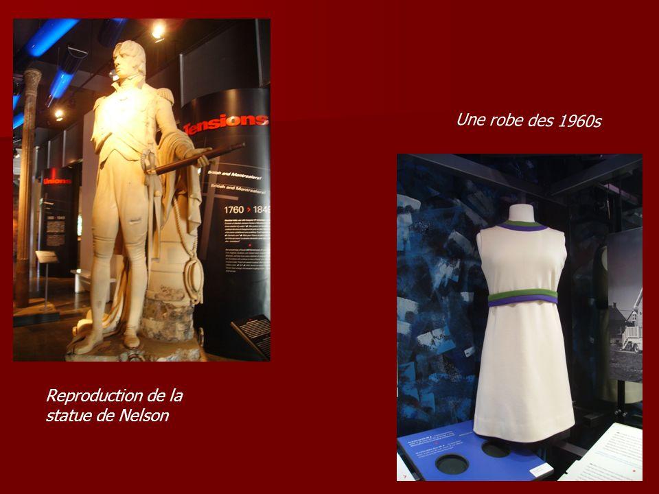 Reproduction de la statue de Nelson Une robe des 1960s