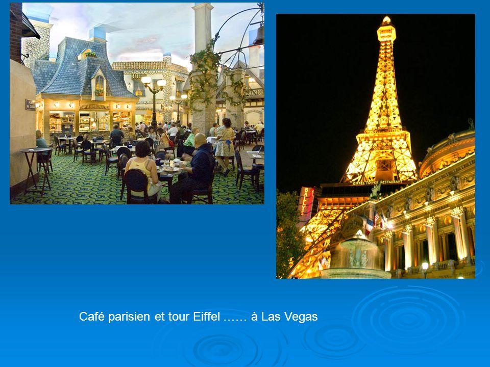 Café parisien et tour Eiffel …… à Las Vegas