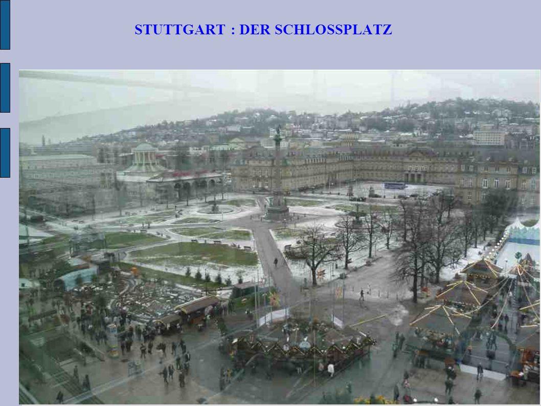 STUTTGART : DER SCHLOSSPLATZ