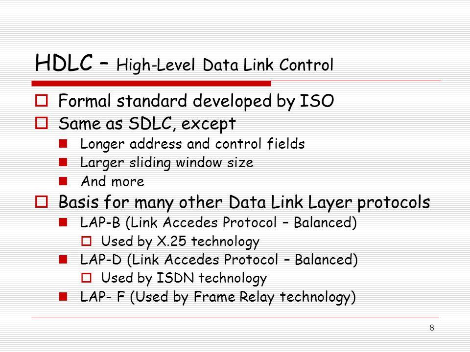 29 VLAN Colors Le VLAN switching est accompli par le frame tagging Le trafic issu et contenu dans une topologie de VLAN particulière transporte un identifiant unique de VLAN (VLAN ID) quand il cheminera sur un backbone ou un trunk Chaque VLAN est differentié par une couleur ou VLAN IDentifier Le VLAN ID permet aux éléments de commutation de VLAN de prendre des décisions de transfert intelligentes (intelligent forwarding) basées sur le VLAN ID embarqué dans chaque trame
