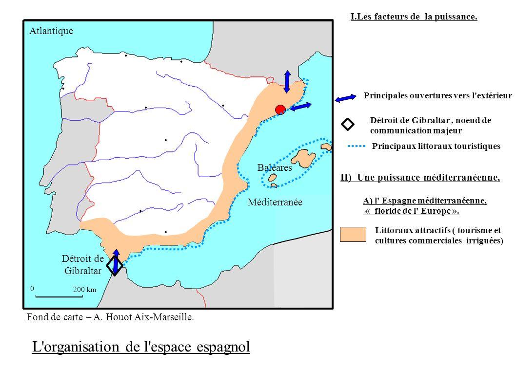 0 200 km Détroit de Gibraltar Baléares Méditerranée Atlantique Principaux littoraux touristiques Littoraux attractifs ( tourisme et cultures commercia