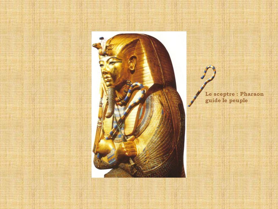 Les insignes du pouvoir SymboleFonction : type de pouvoir Le bâton du berger pour guider son peuple La déesse protectrice des terres du Sud Le cobra dressé pour faire fuir les ennemis de l Égypte Le fléau pour punir les ennemis de lÉgypte