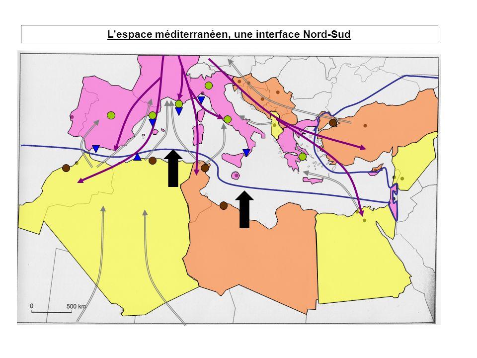 I.Lespace méditerranéen: une rupture Nord-Sud II.