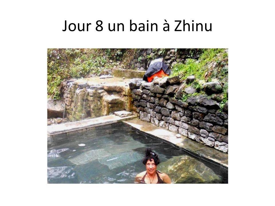 Jour 8 un bain à Zhinu