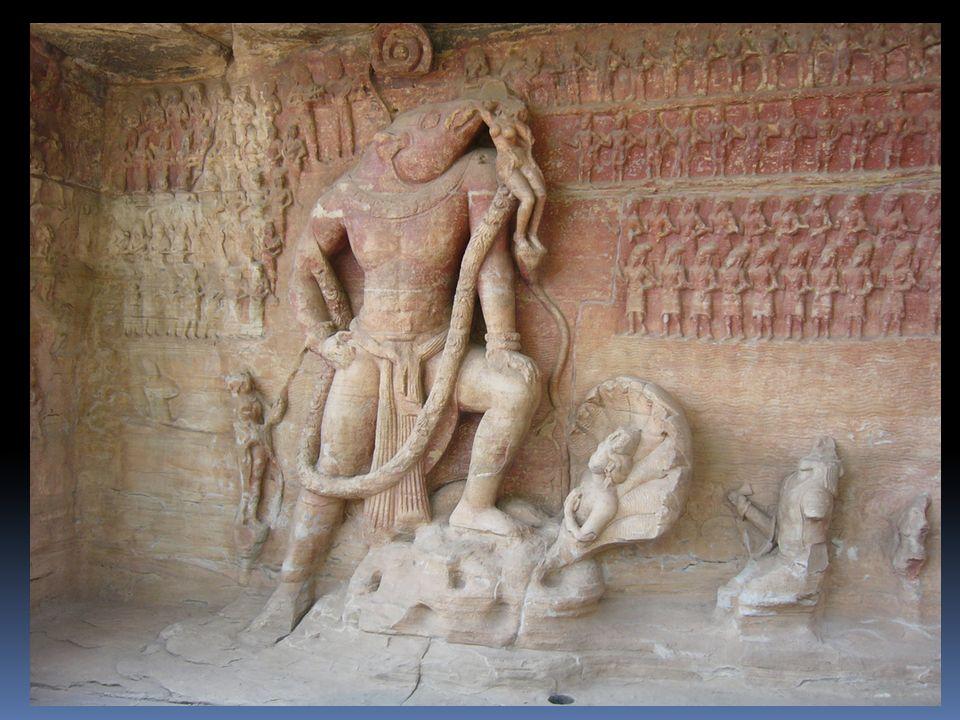 Voici une pièce de monnaie indienne du Vème siècle apJC : Linscription dit: « Kumâragupta, la lune brillante du Ciel, le vainqueur invincible conquiert la terre » Une femme assise, tenant une fleur de lotus, portant des boucles doreille, un collier des bracelets: la déesse Lâkshmi, femme de Vishnu
