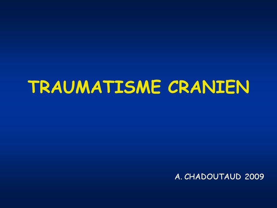 TC GRAVE VVP : NaCl isotonique SpO2 > 95 % PA systolique > 120 mmHg Intubation Oro Trachéale (IOT) si Glasgow < 8 Pas de corticoïdes, ni antibiotique sauf plaie crânio cérébrale Chirurgie en urgence : - plaie crânio cérébrale - embarrure - HED - HSD
