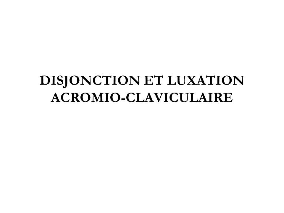 Locomoteur SJ 2005/2006 disjonction/luxation acromio- claviculaire 2 RAPPEL ANATOMIQUE La clavicule est articulée –en dedans avec le sternum –en dehors avec lomoplate au niveau de lacromion Articulation acromio-claviculaire –ligament acromio-claviculaire –ligament coraco-claviculaire –chape musculaire trapézo-deltoïdienne