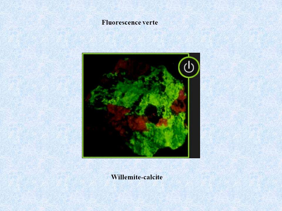 Willemite-calcite Fluorescence verte