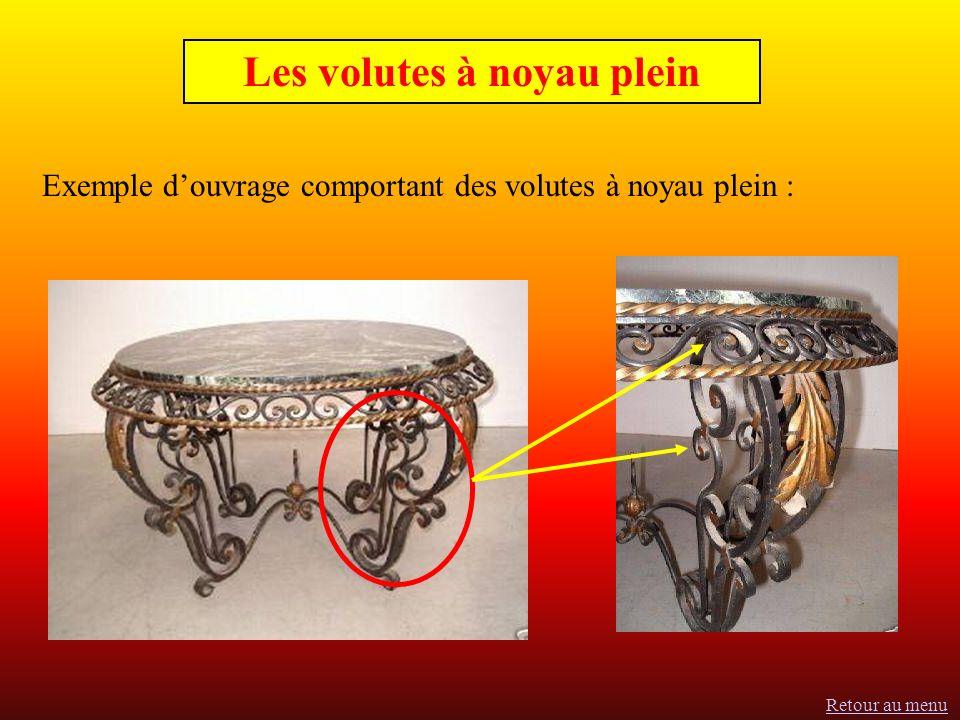 Exemple douvrage comportant des volutes à noyau plein : Les volutes à noyau plein Retour au menu